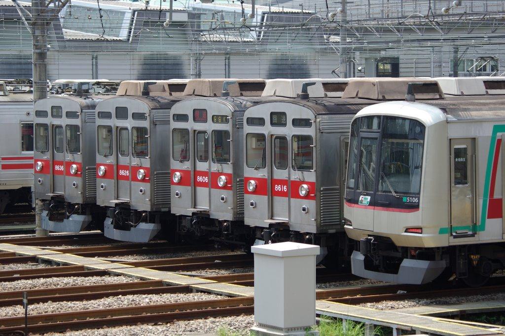 東急8500系8606Fの写真